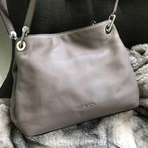 🌷Michael Kors taupe purse